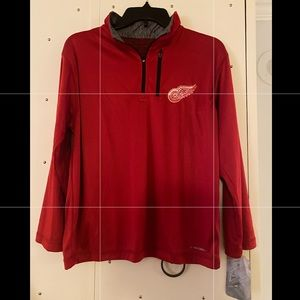 Detroit Red Wings Majestic pull over